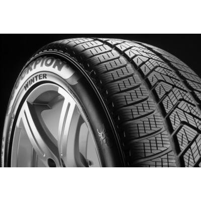 Pirelli Scorpion Winter 295/35 R21 107V XL    Téli gumiabroncs